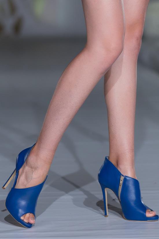 Pantofi cu toc la comanda pret, Pantofi cu toc la comanda bucuresti, Pantofi cu toc la comanda piele, Pantofi cu toc piele naturala la comanda, pantofi cu toc piele naturala, pantofi cu toc inalt la comanda, pantofi cu toc mic la comanda