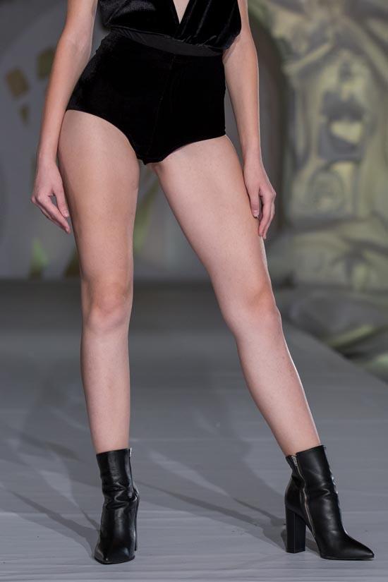 Pantofi cu toc piele naturala la comanda, pantofi cu toc piele naturala, pantofi cu toc inalt la comanda, pantofi cu toc mic la comanda, naturala cu toc, pantofi dama, pantofi cu toc inalt la comanda, pantofi pe comanda piele naturala