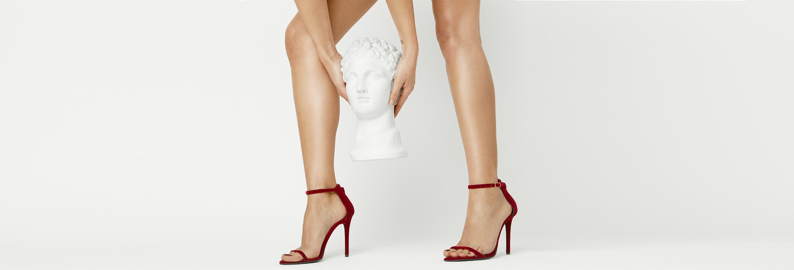 sandale dama la comanda din catifea rosie